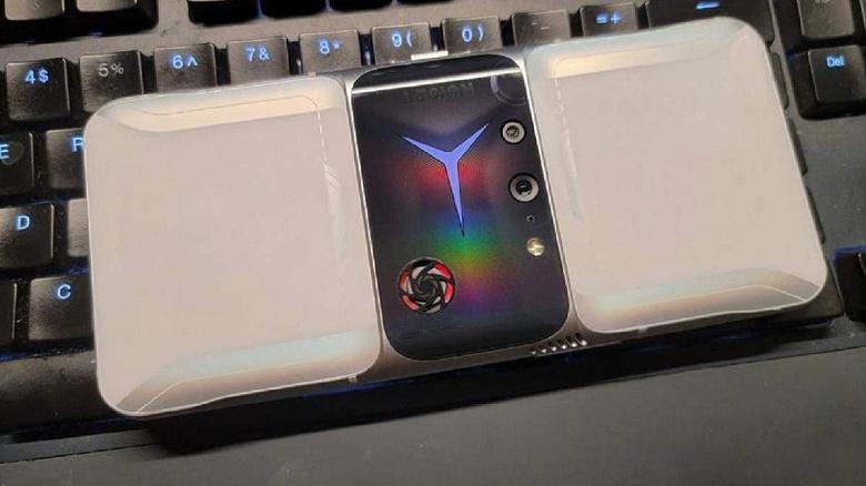 Назван один из первых смартфонов на базе Snapdragon 898: им станет Lenovo Legion 3 Pro