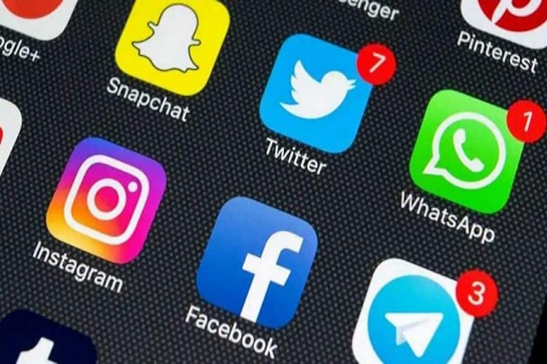 WhatsApp, Facebook и Twitter оштрафовали в России на 36 млн рублей