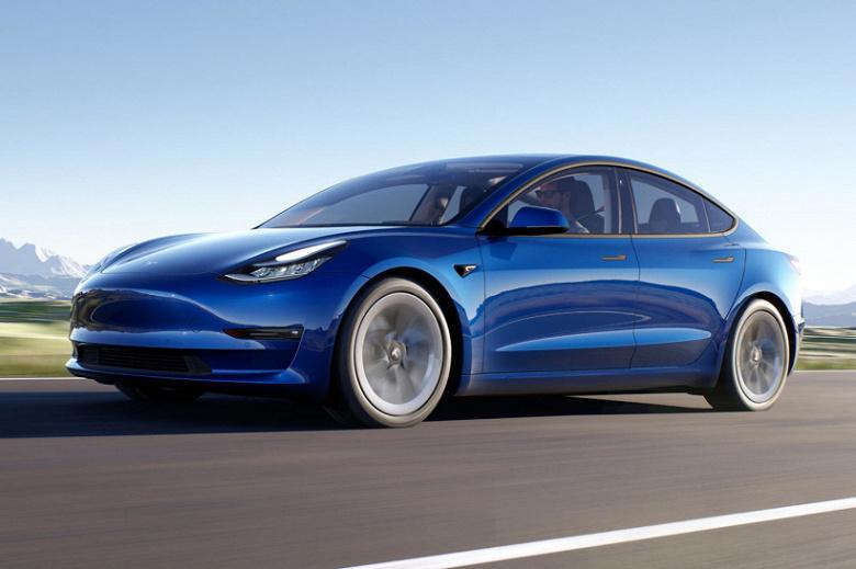Что выгоднее, электромобиль или авто на бензине? Tesla сравнила стоимость владения Model 3, Toyota Camry и BMW 3 Series