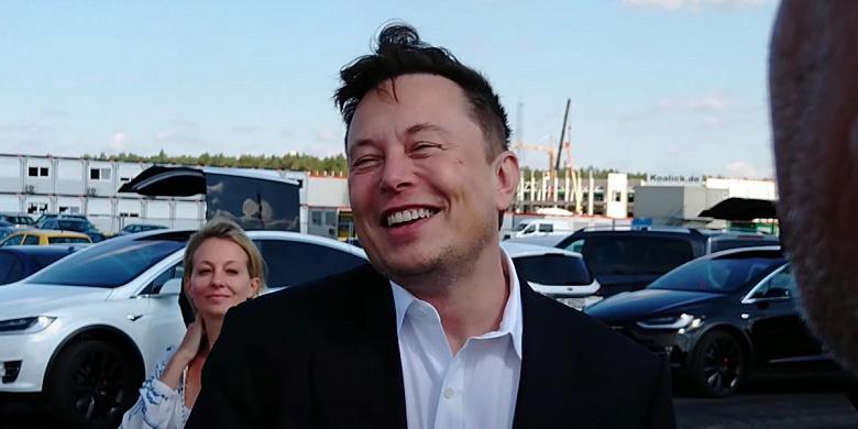 Tesla догонит и перегонит Apple Илон Маск согласен, что Tesla может подорожать до 3 триллионов долларов