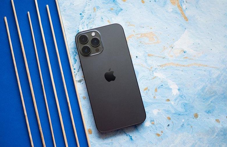 Золотой стандарт Apple Качество звуковой подсистемы iPhone 13 Pro Max практически идентично моделям iPhone 12 Pro Max и iPhone XS Max
