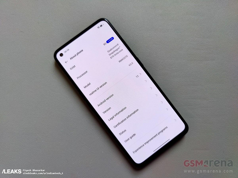 Первый смартфон с Android 12 показали на живых фото: Realme GT Neo 2 позирует с оболочкой Realme UI 3.0