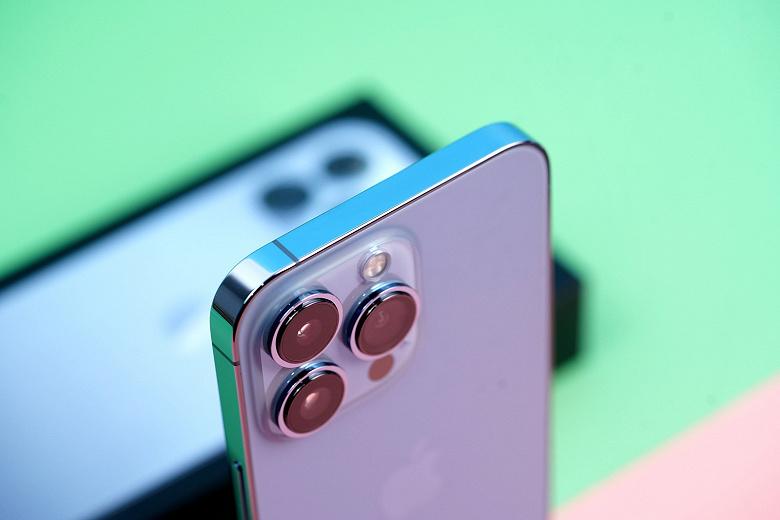 Дорогой iPhone 13 Pro Max  самая популярная модель линейки. Новые смартфоны Apple хотят 50% пользователей Android