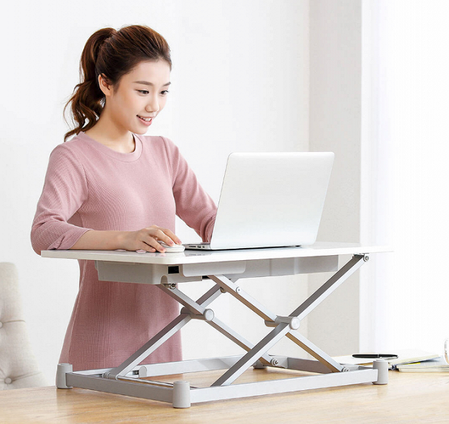 Leband-Electric-Standing-Desk-buttons-c.