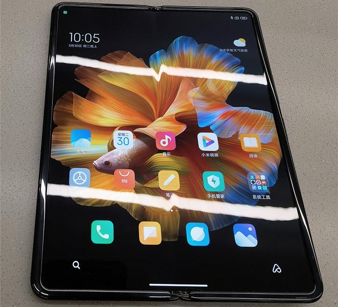 Все запасы дорогого Xiaomi Mix Fold раскупили за секунды