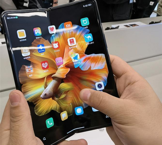 Выход Xiaomi Mix Fold в Китае отменили в последний момент