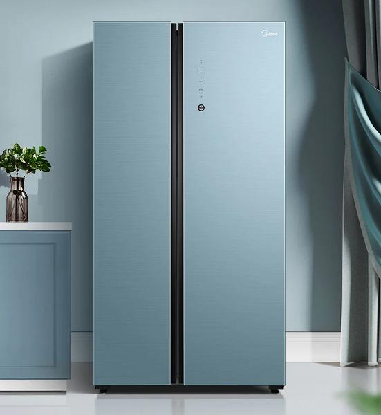 Представлен первый в мире холодильник с Huawei HarmonyOS