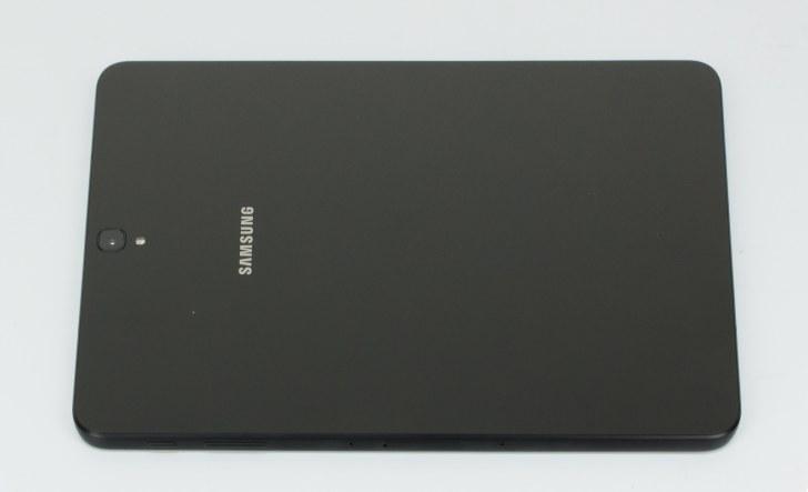 Samsung Galaxy Tab S3. Вид на заднюю крышку