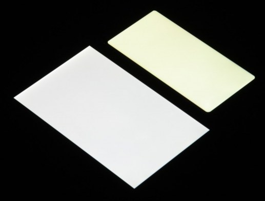 vs-white-angle-l_small.jpg