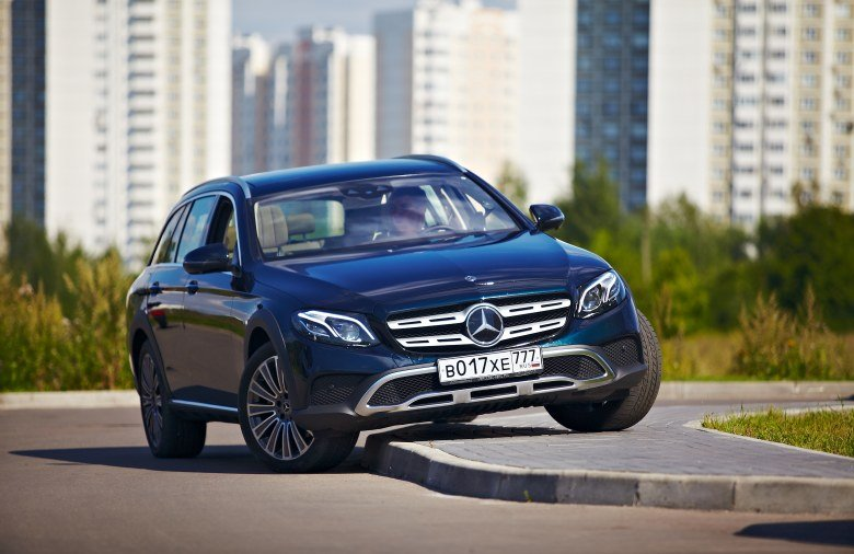 Mercedes-Benz E 220 d 4Matic All-Terrain Luxury