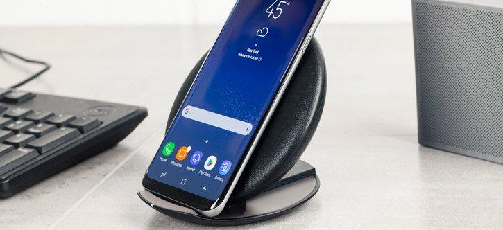 Samsung обвиняют в краже технологии беспроводной зарядки для смартфонов Galaxy