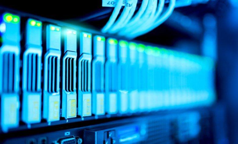 Серверный рынок вырос по всем показателям