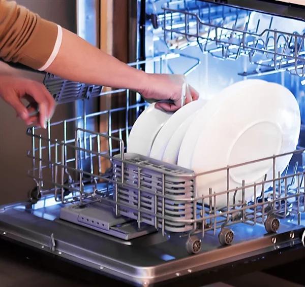 Xiaomi анонсировала посудомоечную машину Yunmi Смарт Dishwasher