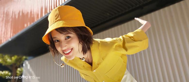 Опубликованы примеры портретных снимков, сделанных на камеру смартфона Oppo R15 Dream Mirror Edition