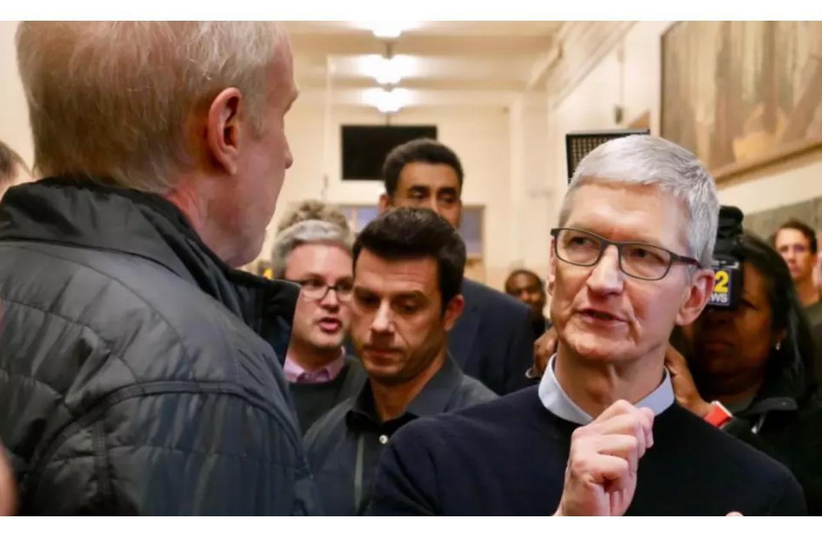 Тим Кук: мынебудем объединять iOS иMacOS