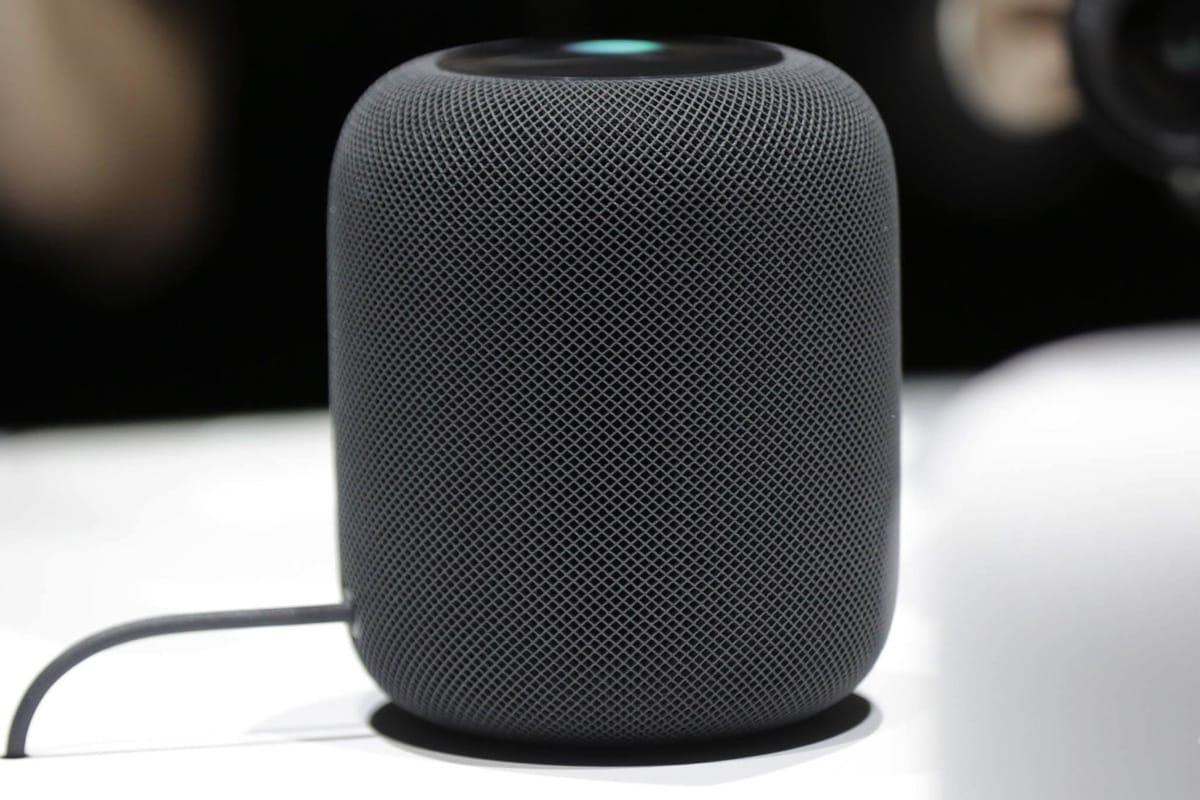 Apple уменьшает производство: HomePod никому ненужна