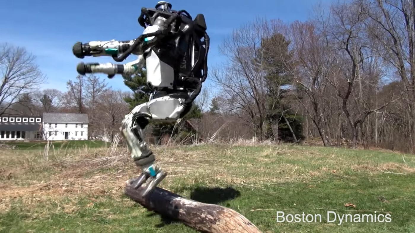 Робот Boston Dynamics отправился напробежку