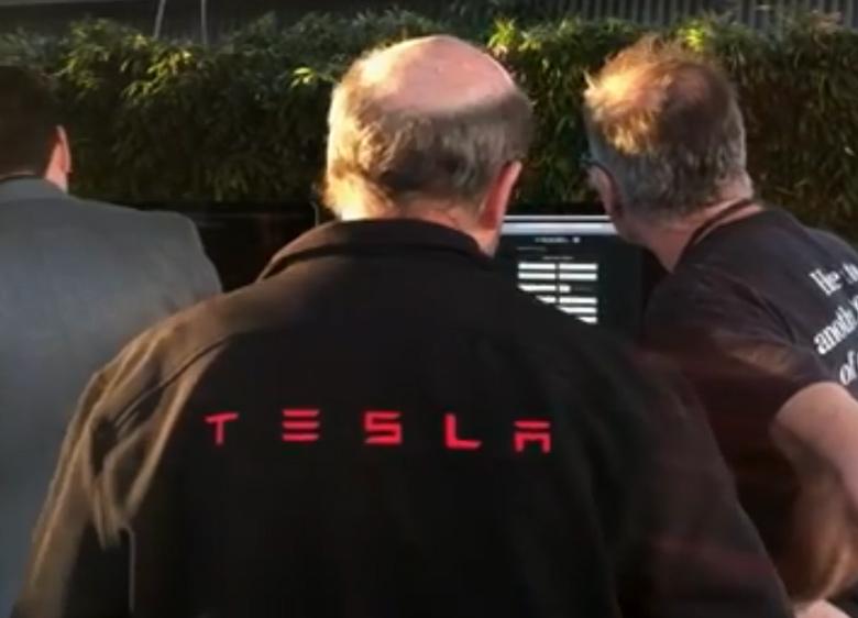 Илон Маск объявил омассовых увольнениях вTesla