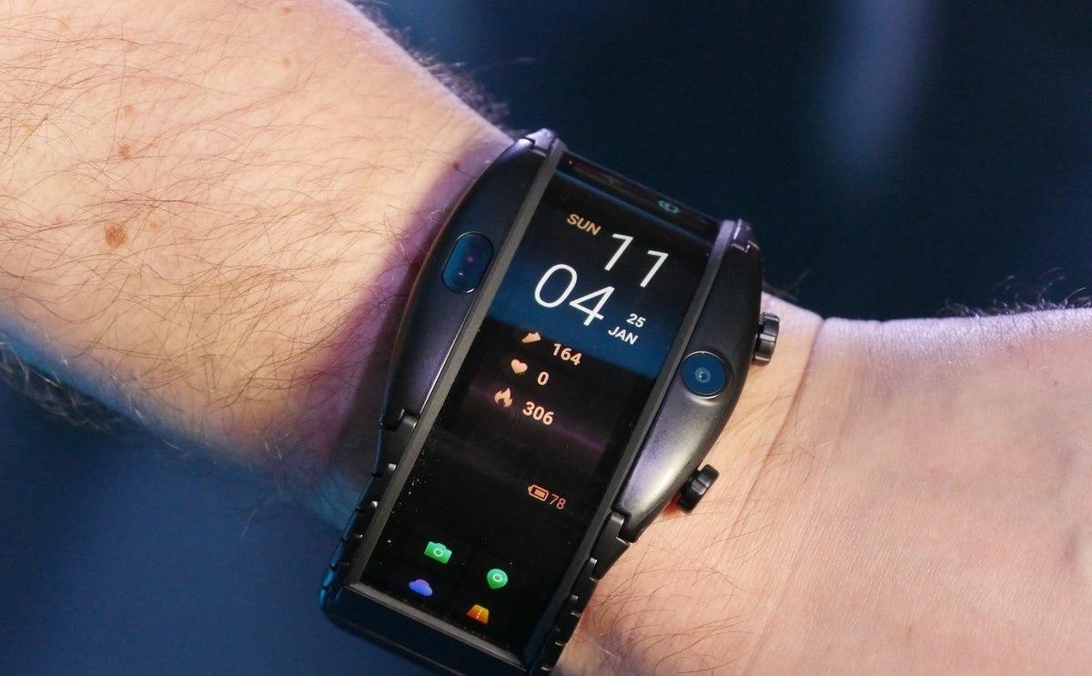 Часы смартфон ZTE NUBIA ALPHA с OLED-дисплеем в Октябрьске