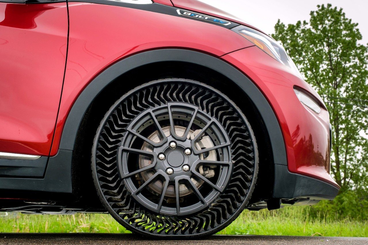 Michelin и General Motors показали безвоздушную <b>шину</b> Uptis ...