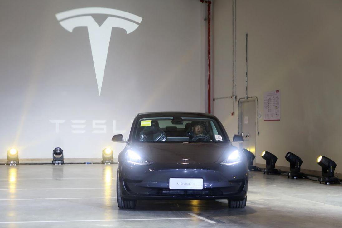 Tesla китайской сборки
