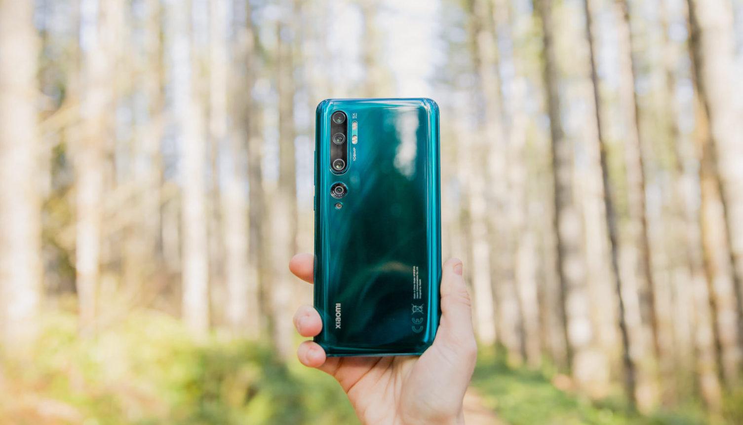 Камеры телефонов  Xiaomi Mi10 иXiaomi 10 Pro получили огромное  обновление
