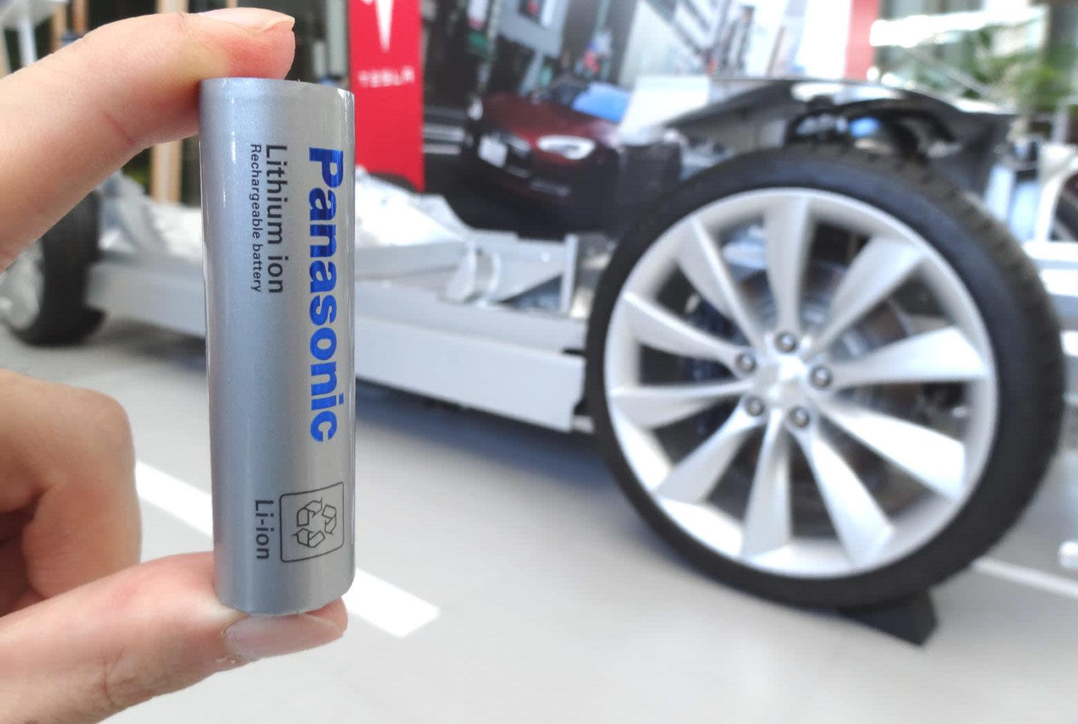 Высокий спрос со стороны Tesla побуждает Panasonic к расширению предприятия в Неваде, выпускающего аккумуляторные батареи
