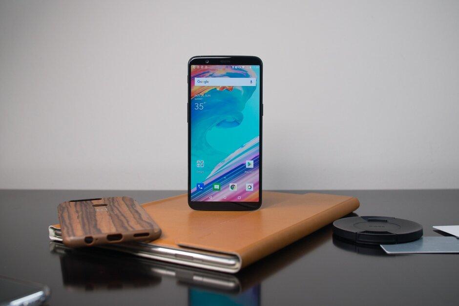 Древние «убийцы флагманов» OnePlus 5 и OnePlus 5T получили стабильную Android 10