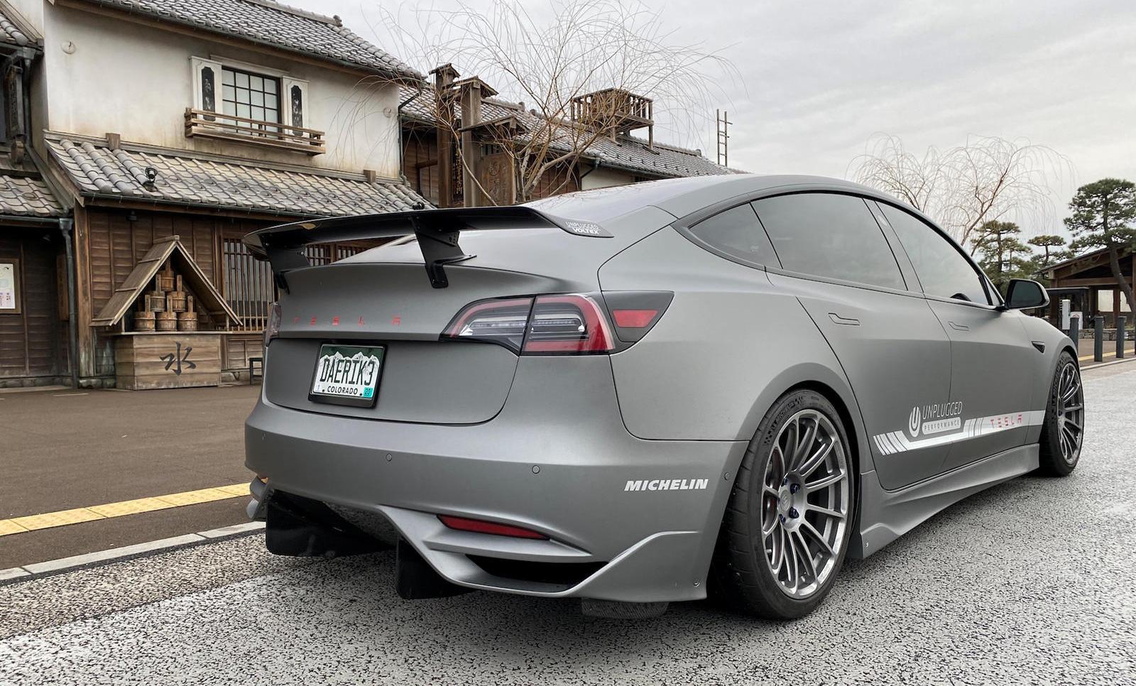 Бесконечные аккумуляторы для автомобилей готовы к производству. Первыми их вероятно получат автомобили Tesla Model 3