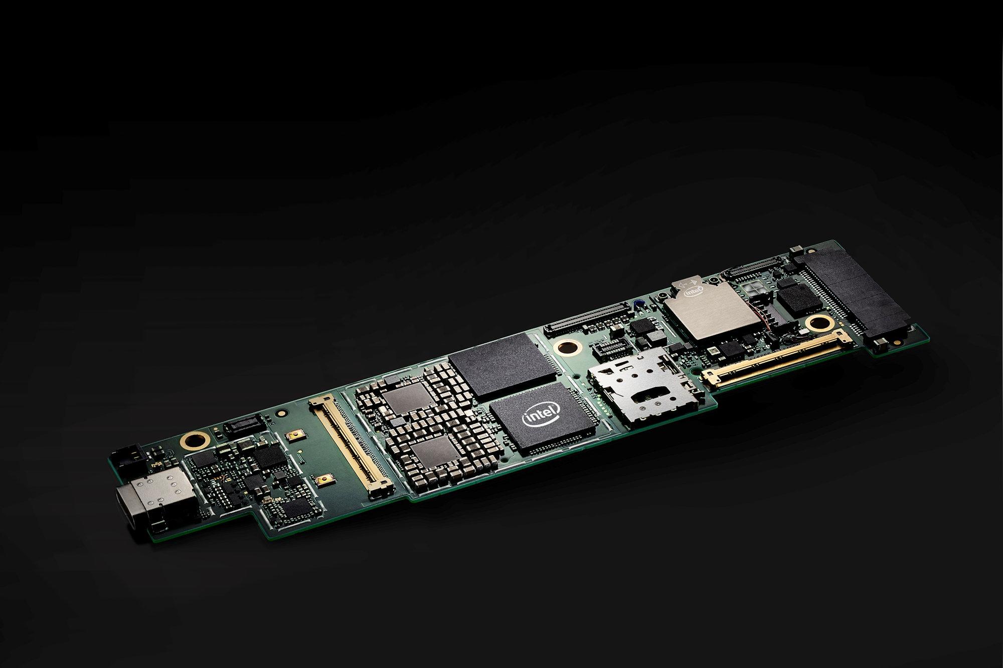 Intel прекращает выпуск процессоров серий Ice Lake-U, Comet Lake-U и Lakefield