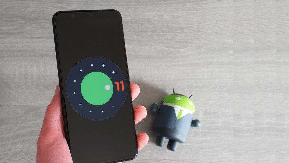 Какие смартфоны обновятся до Android 11 в первую очередь. Список весьма  обширный