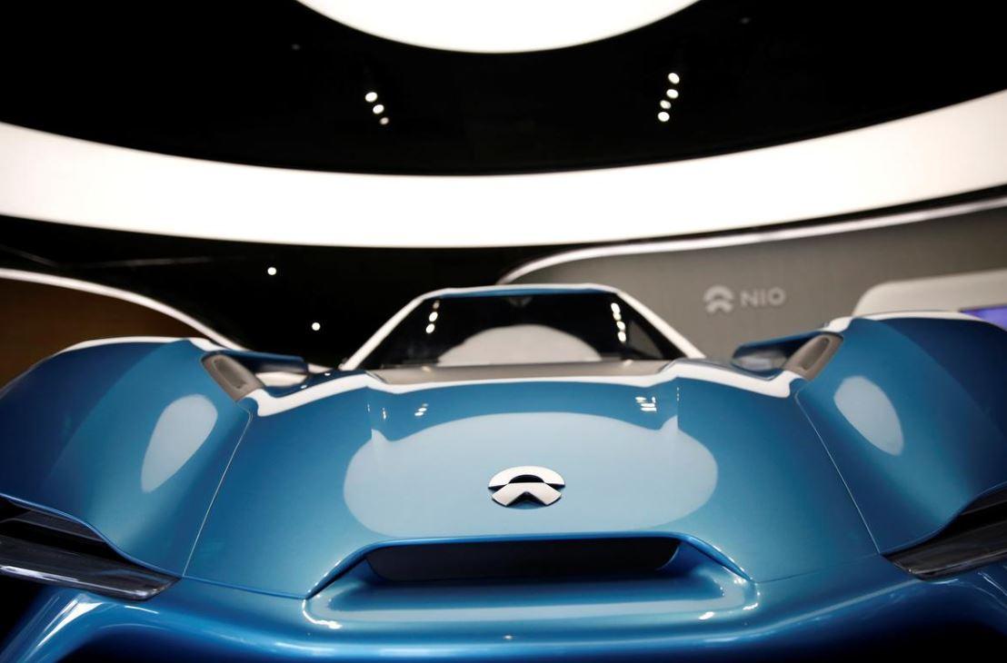 Китайская компания Nio снижает стоимость электромобилей, предлагая аккумуляторы в аренду