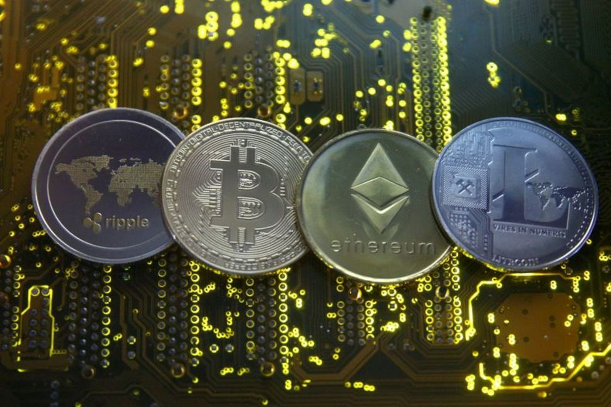The total capitalizations of cryptocurrencies reached 2.4 trillion dollars