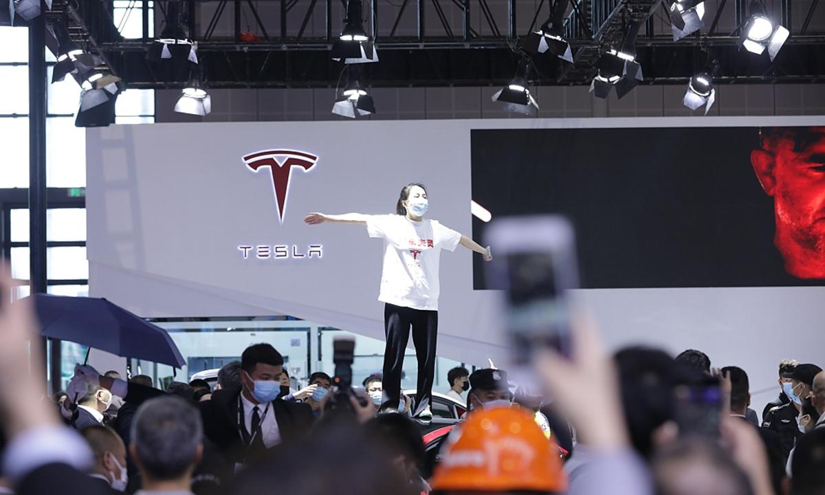 Tesla публично унизили прямо на Шанхайской международной выставке