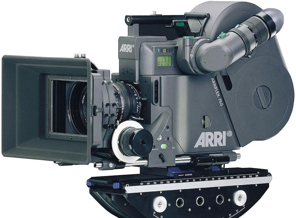 Цифровые кинокамеры  введение. Какими камерами снимали и снимают кино  a0b4ba98912de