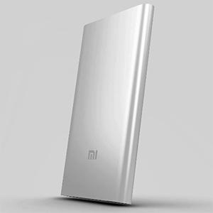 Внешние аккумуляторы (пауэрбанки) Xiaomi Mi Power Bank Pro 10000 и Mi Power Bank 5000: две компактные модели с существенно разной емкостью