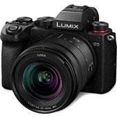 Системная беззеркальная камера Panasonic Lumix DC-S5: полнокадровый сенсор в компактном корпусе