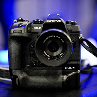 Olympus-E-M1X-camera-768x768.jpg
