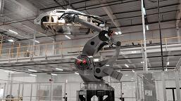 Lucid завершает строительство завода, планируя выпускать до 400 000 электромобилей в год