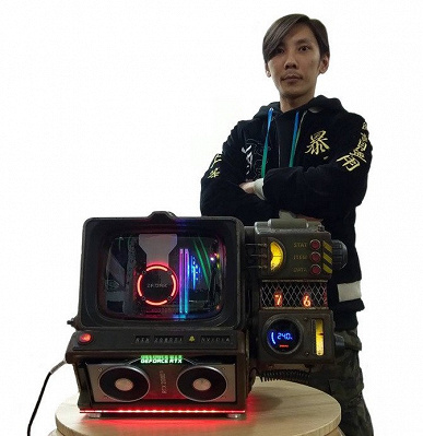 Для фанатов Fallout: моддер AK создал ПК, выглядящий, как Pip-Boy 2000 Mark VI