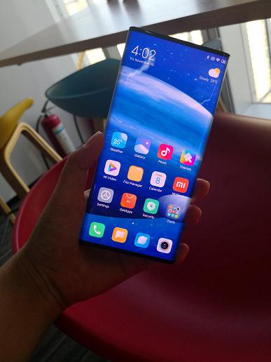 Уникальный Xiaomi Mi Mix Alpha на качественных фотографиях с близкого расстояния