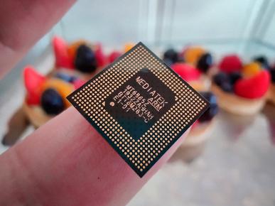 7 нанометров на кончике пальца. Опубликованы фото платформы MediaTek MT6885 со встроенным модемом 5G