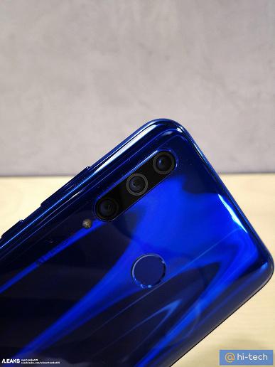 Honor 10i оказался совершенно новым смартфоном. Первые живые фото и характеристики