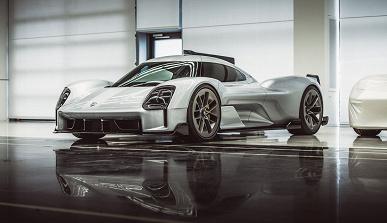 Минивэн Porsche?Компания решила показать 15 отменённых концептов, созданных за 14 лет