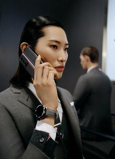 Флагманский смартфон Samsung за $3000 на атмосферных рендерах