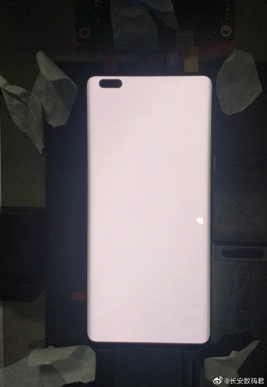 Бюджетный флагман Huawei nova 8 получит изогнутый экран OLED с кадровой частотой 120 Гц