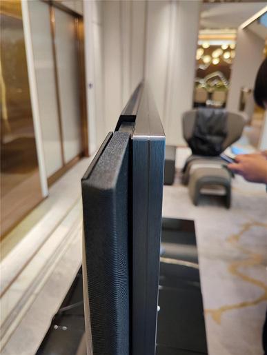 Выдвижная аудиосистема, 15360 светодиодов и «загадочный» процессор Novatek. Все подробности о 82-дюймовом телевизоре Xiaomi Mi TV LUX Pro 82