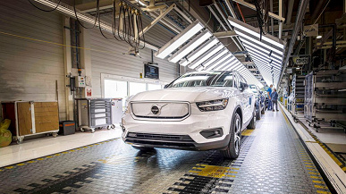 271934_Volvo_XC40_Recharge_production_in