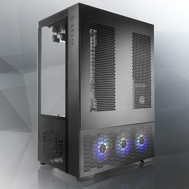 В корпусе Raijintek Paean Premium можно установить до 13 вентиляторов