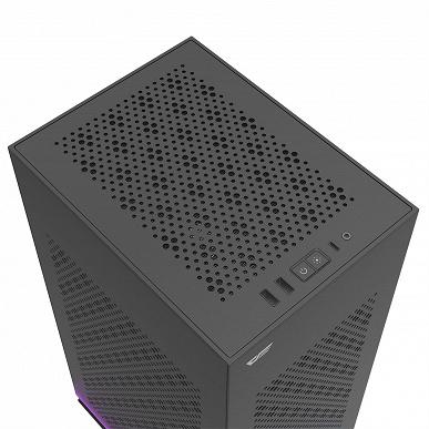 Корпус DarkFlash DLH21 с непривычной компоновкой рассчитан на плату типоразмера mini-ITX